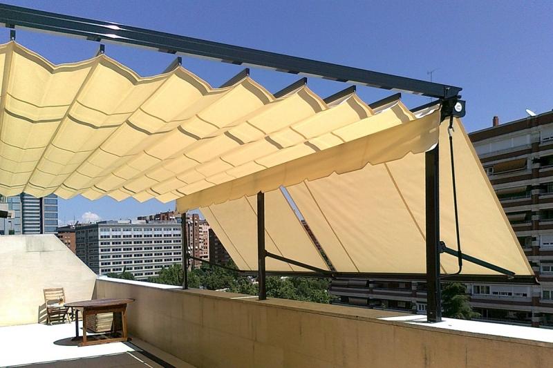 Pergotela Gardena model 2 + Markiza balkonowe od frontu